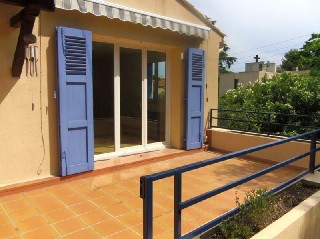 location appartement 5 pi�ces, 121m habitables, � TOULON LAMALGUE
