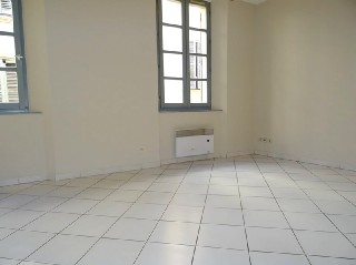 vente appartement 1 pi�ces, 27m habitables, � TOULON CENTRE VILLE